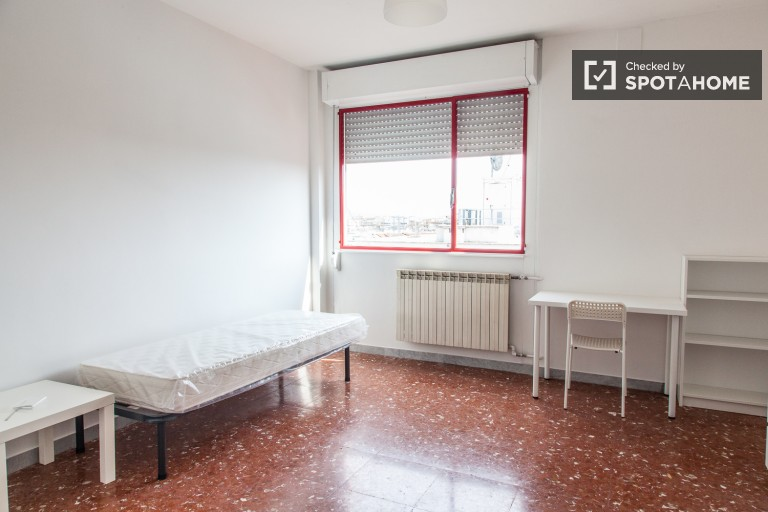 Rooms in Tiburtina, all bills included - Rome