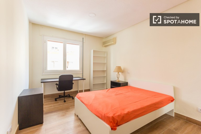 Spacious and comfortable double bedroom 3