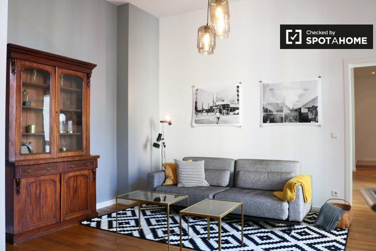 Apartamento grande com 1 quarto para alugar em Wilmersdorf, Berlim