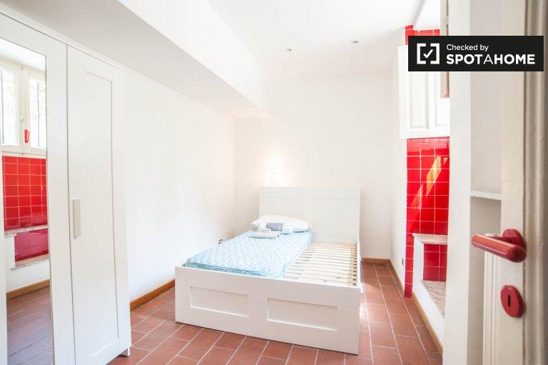Umeblowany pokój w apartamencie w Salario, Rzym
