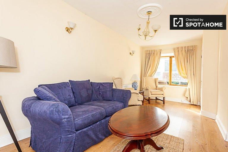 Haus mit 2 Schlafzimmern zu vermieten in Ballsbridge, Dublin