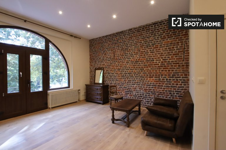 Classy 1-bedroom apartment for rent in Laeken, Brussels