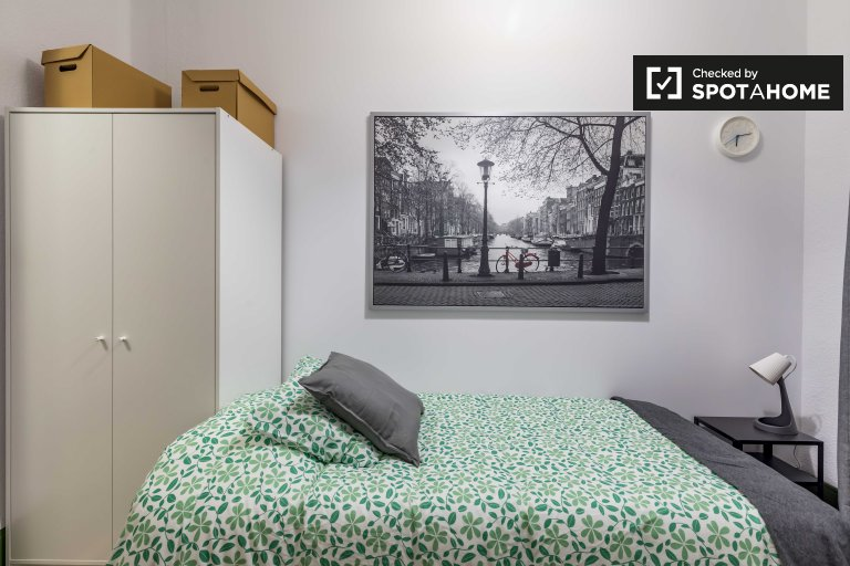 Pokój jednoosobowy do wynajęcia, apartament z 5 sypialniami, Poblats Marítims