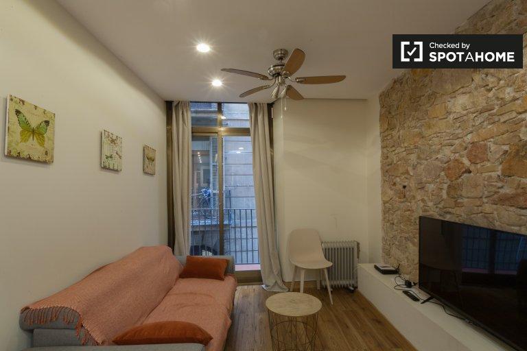 Hip 1-bedroom apartment for rent in El Raval, Barcelona