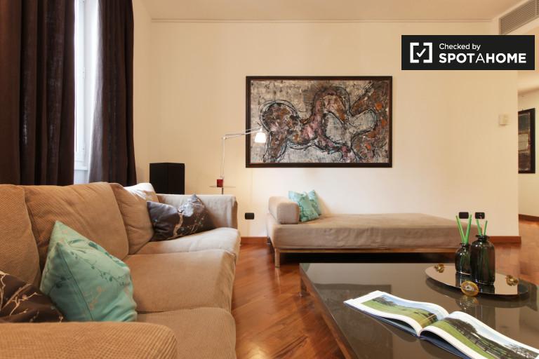 Apartamento de 3 dormitorios en alquiler en Porta Venezia, Milán