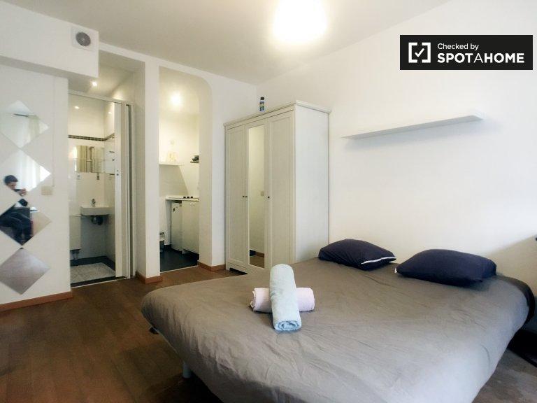 Nowoczesny apartament typu studio do wynajęcia w Schaerbeek, Bruksela