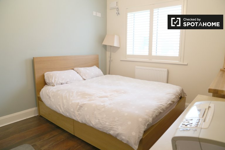 Rooms to rent in 4-bedroom houseshare in Bray, Dublin
