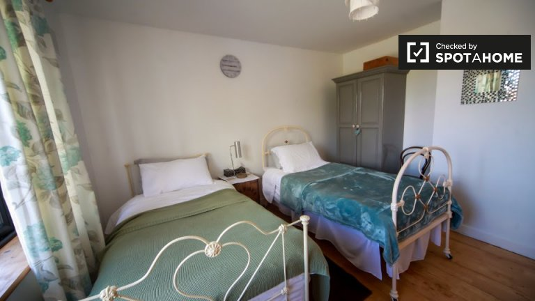 Charming room to rent in Rush, Dublin