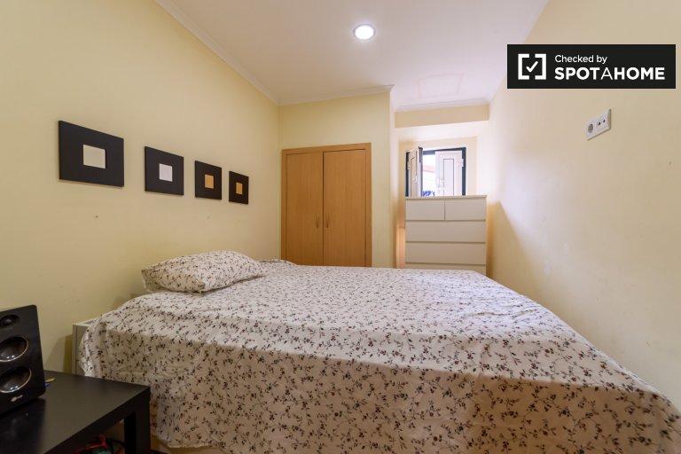 Quarto em apartamento de 2 quartos em Santa Maria Maior, Lisboa