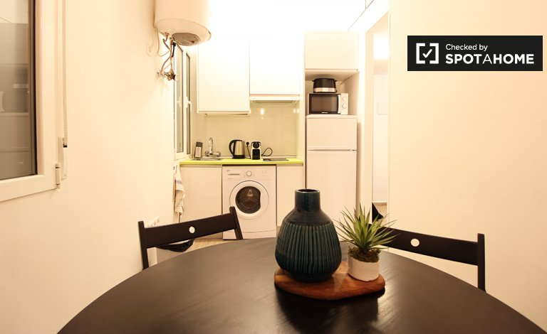 Cozy 2-bedroom apartment for rent in Imperial, Madrid