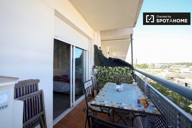 3 odalı kiralık daire Paterna, Valencia'da