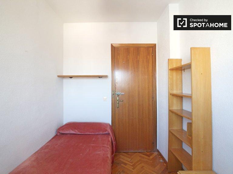 Zimmer zu vermieten in 4-Zimmer-Wohnung, Casa de Campo, Madrid