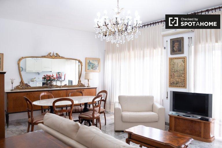 Apartamento de 1 dormitorio en alquiler en EUR, Roma