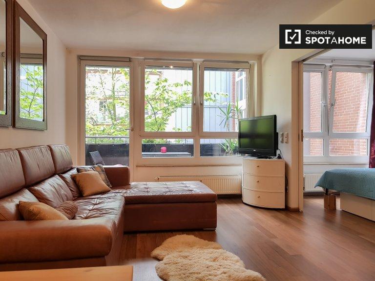 Moderno appartamento con 1 camera da letto in affitto, Prenzlauer Berg