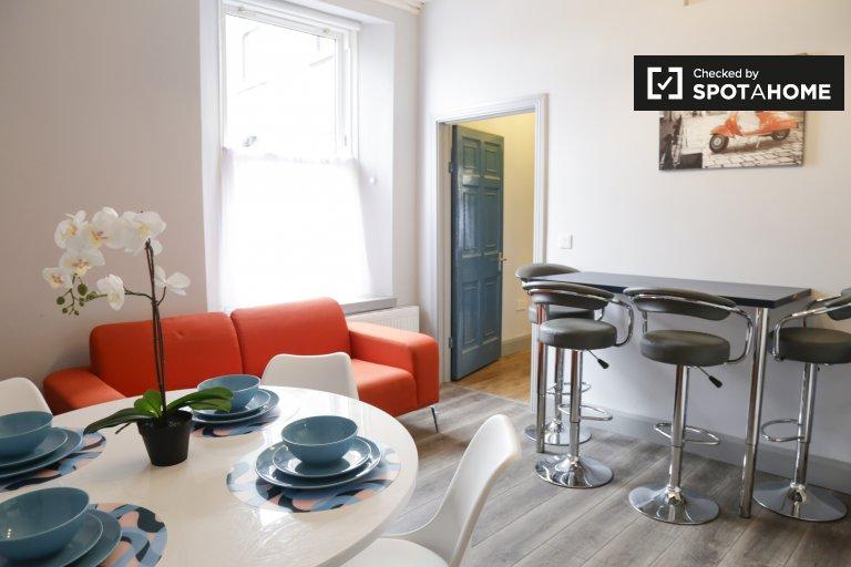 Gemeinsames Zimmer zur Miete in einem 6-Zimmer-Haus in Phibsborough