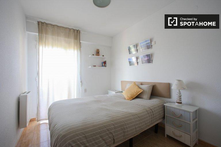 Pokój stylisin w apartamencie z 2 sypialniami w La Gola de Puchol