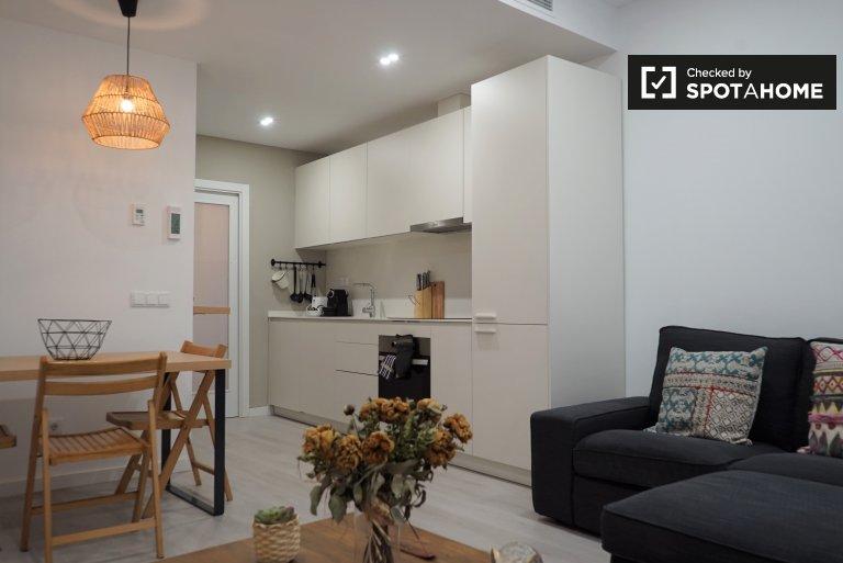 Tranquilo apartamento de 2 dormitorios en alquiler en Gràcia, Barcelona
