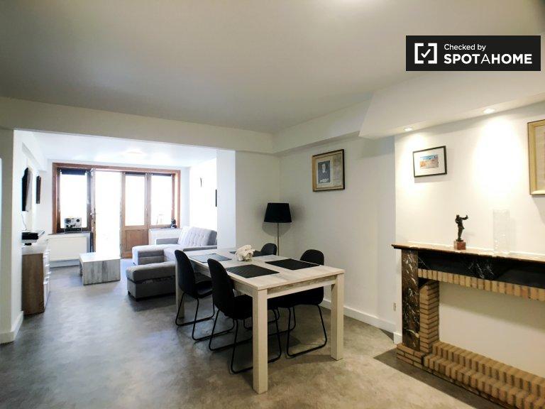 Lumineux appartement 1 chambre à louer dans le quartier animé d'Ixelles