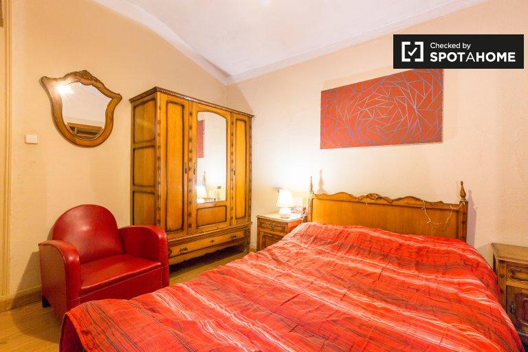 Stilvolles Zimmer zur Miete in Avenidas Novas, Lissabon