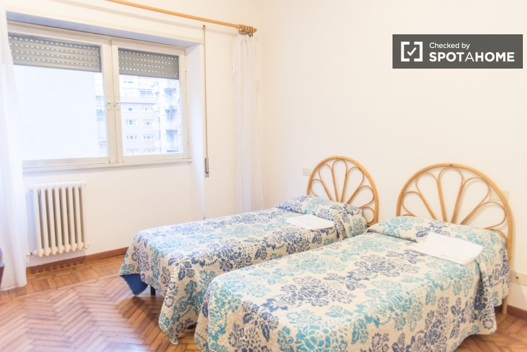 Charming two bedroom apartment in Trastevere, utility bills included