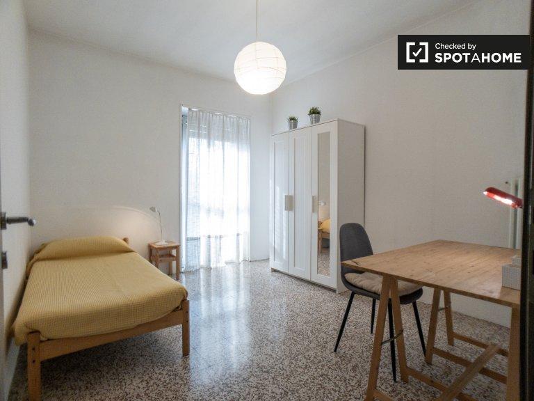 Sonniges Zimmer zu vermieten in Inganni, Mailand