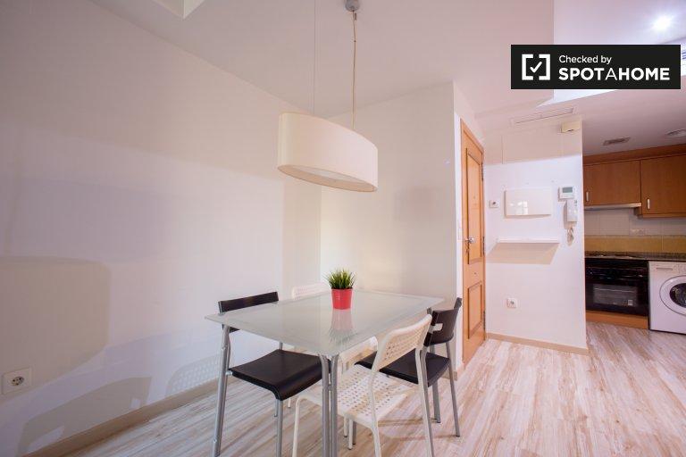Nowoczesne 2-pokojowe mieszkanie do wynajęcia w Ciutat Vella