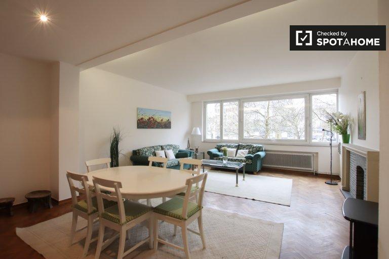 2 pokojowe mieszkanie do wynajęcia - Saint Gilles, Bruksela
