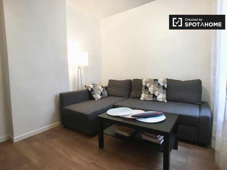 Moderno apartamento de 1 dormitorio en alquiler en el 18.º Distrito