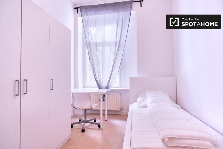 Sonniges Zimmer zu vermieten in Friedrichshain, Berlin