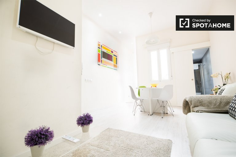 Moderno apartamento de 2 quartos para alugar em Malasaña, Madrid