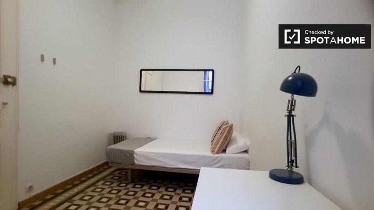 Schönes Zimmer zu vermieten in Eixample, Barcelona