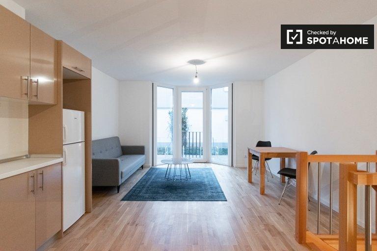 Apartamento com 1 quarto para alugar em Marienfelde, Berlim
