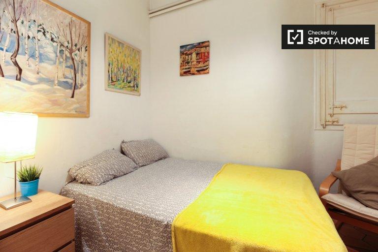 Bonita habitación en alquiler en el Eixample, Barcelona.