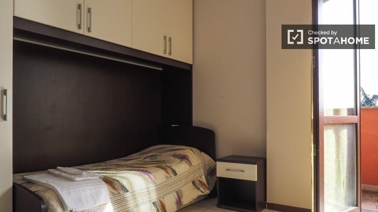 Umeblowany pokój w apartamencie w Sesto San Giovanni, Mediolan