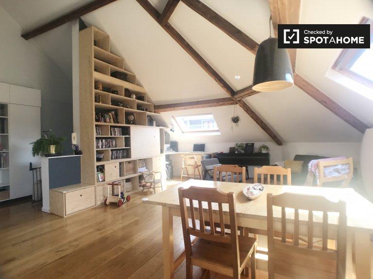 3 odalı kiralık daire Saint Gilles, Brüksel