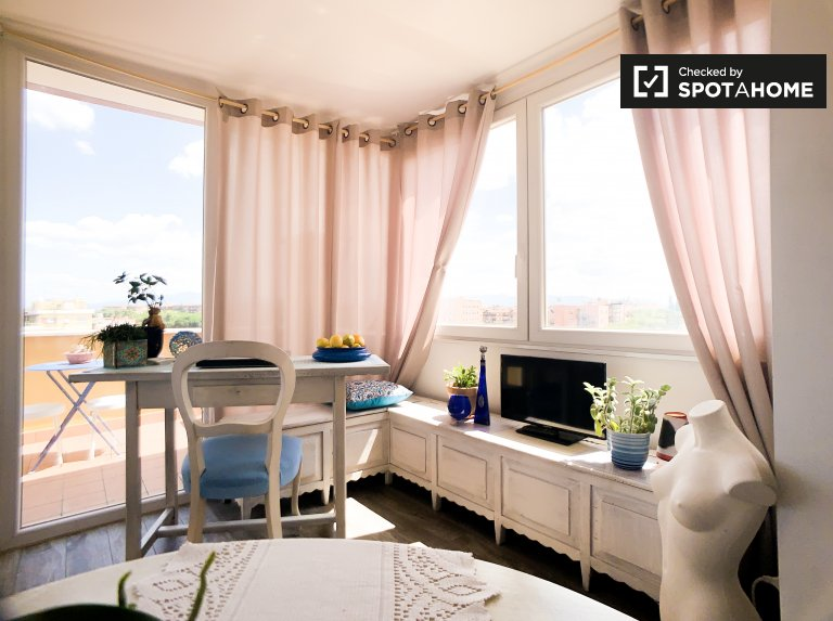Bright 1-bedroom apartment for rent in Torre Spaccata, Rome