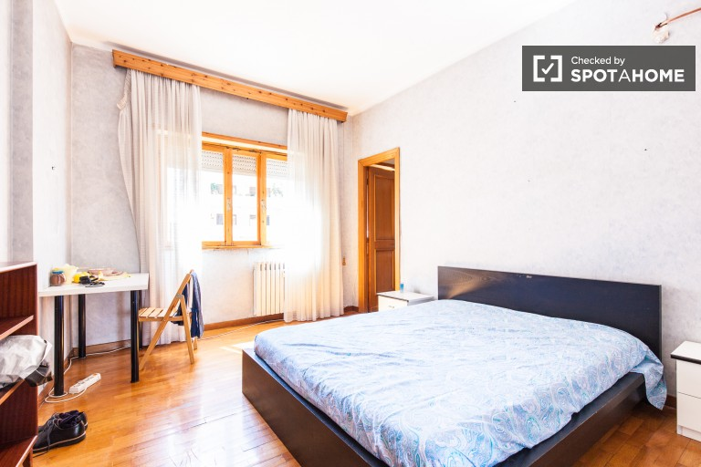 Bedroom 2, couple-friendly with double bed and en-suite bath