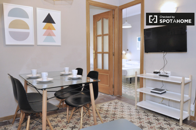 Charming 3-bedroom apartment for rent in Sants, Barcelona