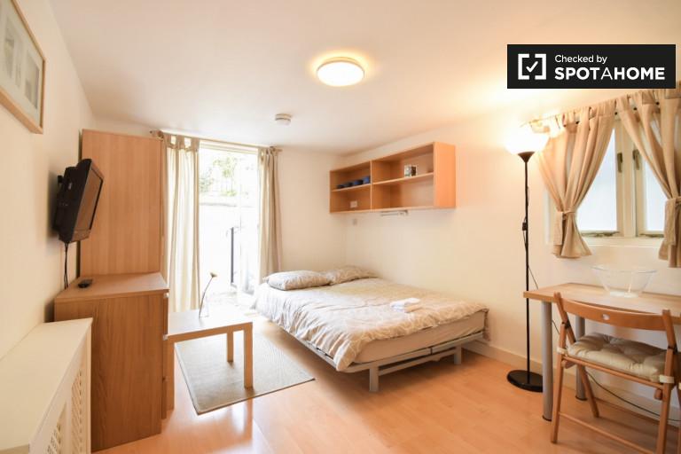 Brilhante apartamento para alugar em Earls Court, Londres