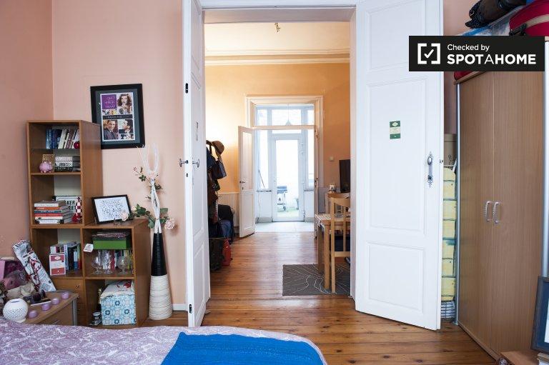 Cosy 1-bedroom apartment for rent in Etterbeek