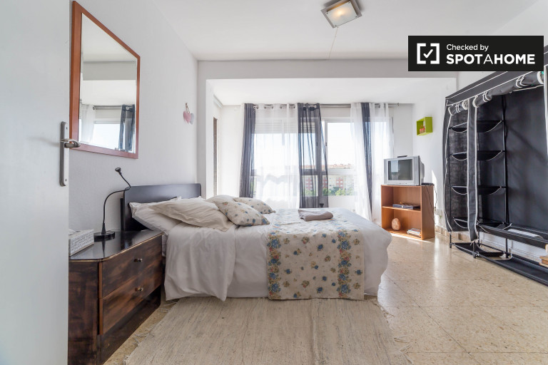 Bedroom 1 - double bed and balcony