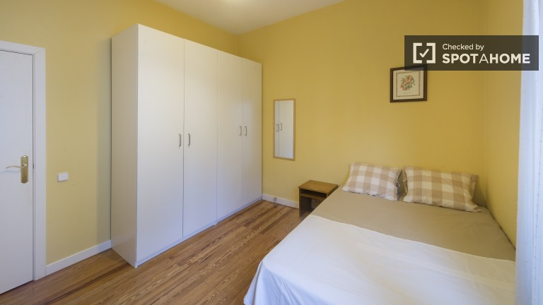 Sunny exterior double room