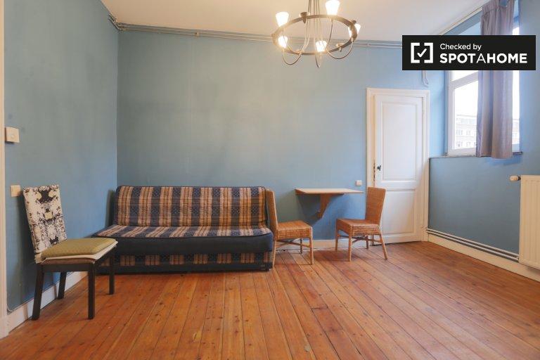 Soleado apartamento de 1 dormitorio en alquiler en Saint Gilles, Bruselas
