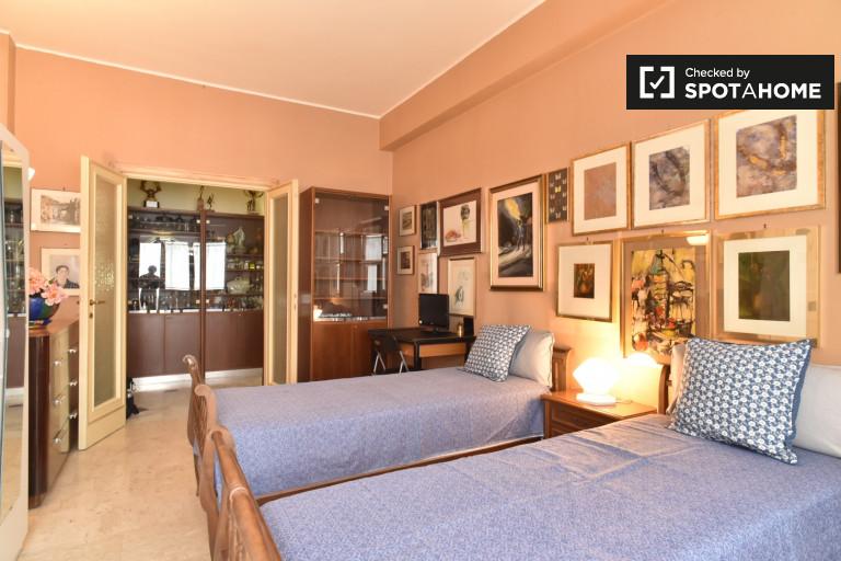 Umeblowany pokój w mieszkaniu w Balduina, Rzym