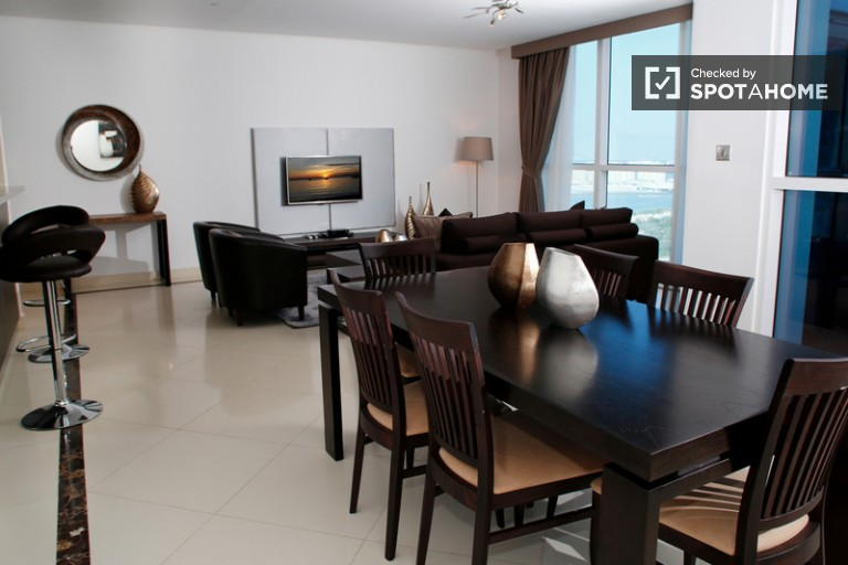 Luxury apartment for rent - Jumeirah Lakes Towers, Dubai