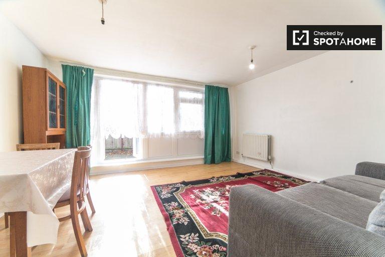 3-pokojowe mieszkanie do wynajęcia w Tower Hamlets w Londynie