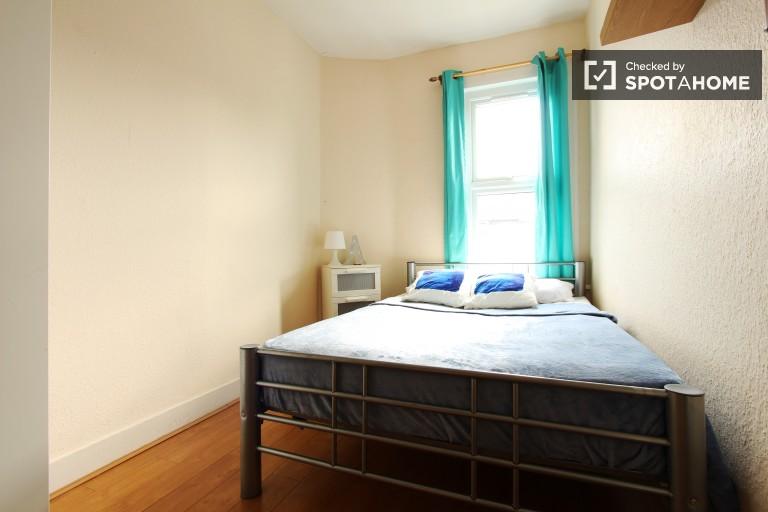 Chambre extérieure en appartement à Tottenham, Londres