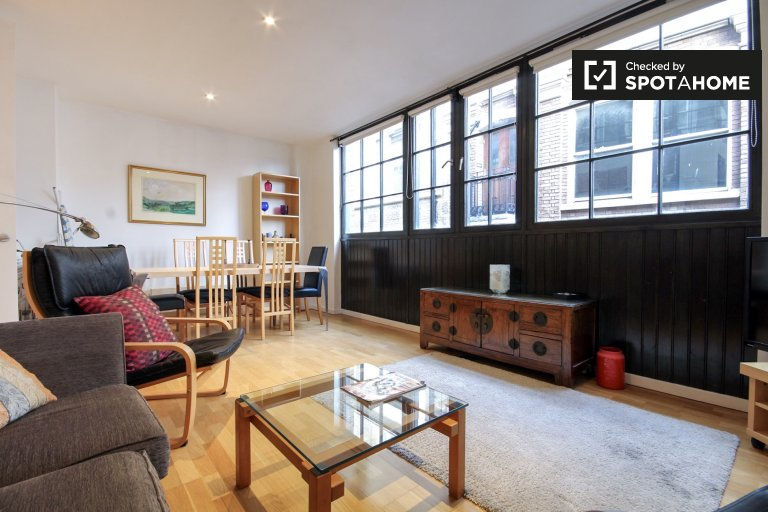 Modern 2-bedroom apartment to rent in Blackfriars, fare zone 1