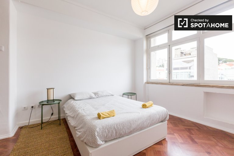 Studio apartment for rent in Anjos, Lisbon