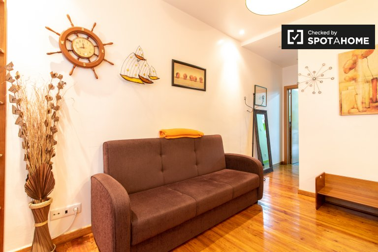 1-Zimmer-Wohnung zur Miete in Graça e São Vicente, Lissabon